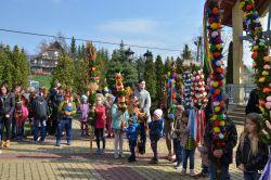 Czytaj więcej:  Niedziela Polmowa w parafii Tworkowa  - Konkurs palm 2019